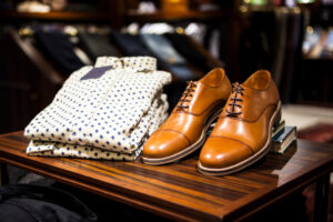 TAX REFUND IN ITALY   Shoes and Shirt at shop