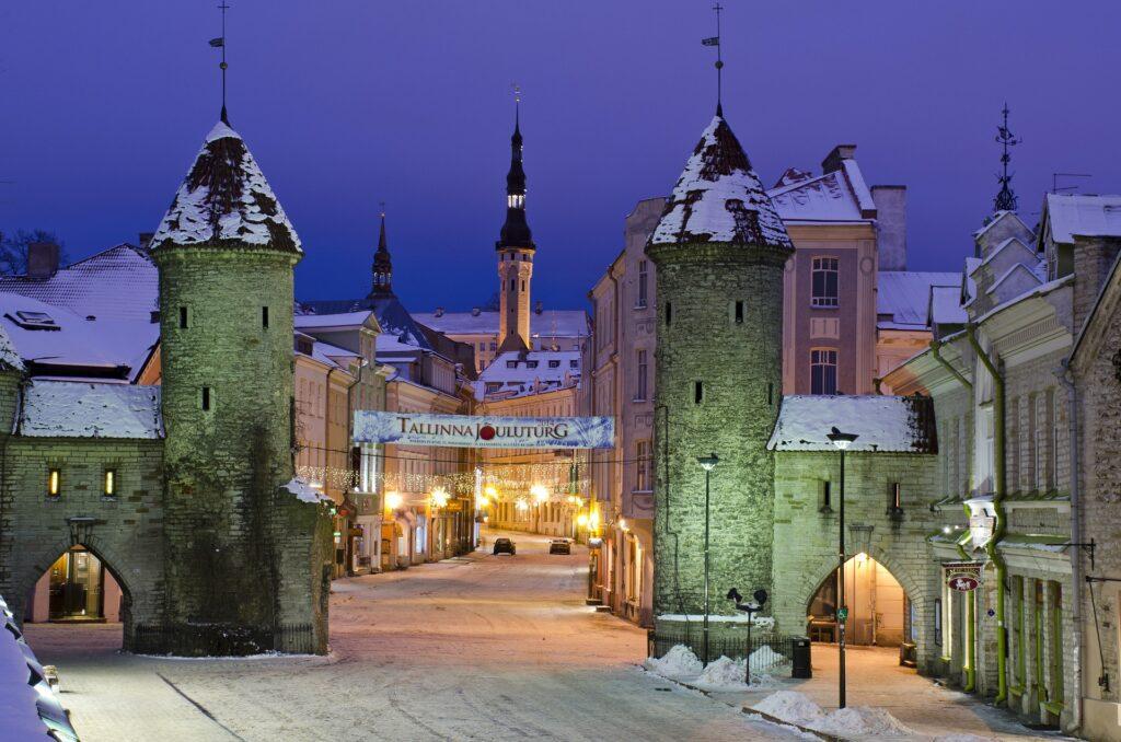 Entrata della città di Tallin | Doppia tassazione Italia-Estonia